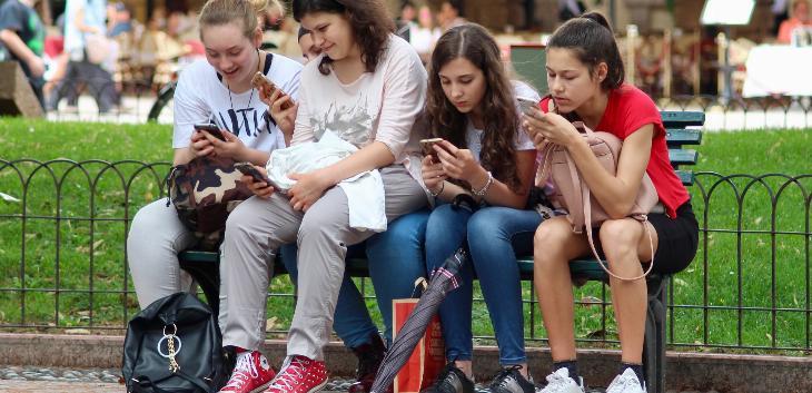 Kome veruju tinejdžeri